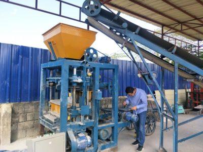 ABM-4S brick machine