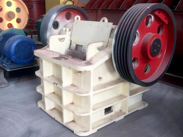 PE500Ã?750 jaw crusher machine