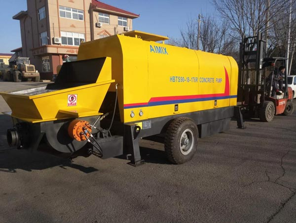 HBTS90R concrete trailer pump
