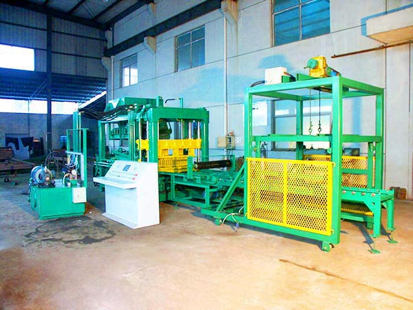 QT6-15 brick block machine
