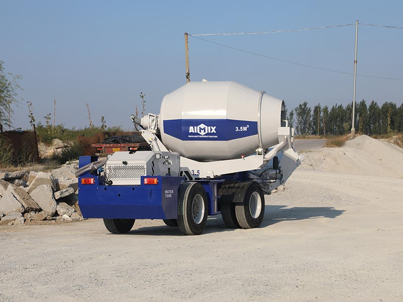 3.5 cub portable self-loading mixer