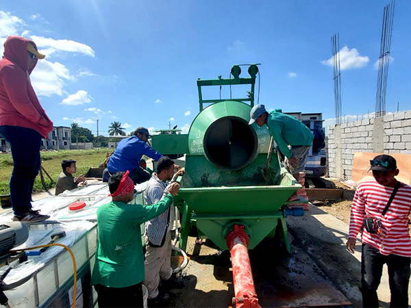 ABJZ40C Concrete Mixer Pump Working In Cavite, Philippines On February 2020