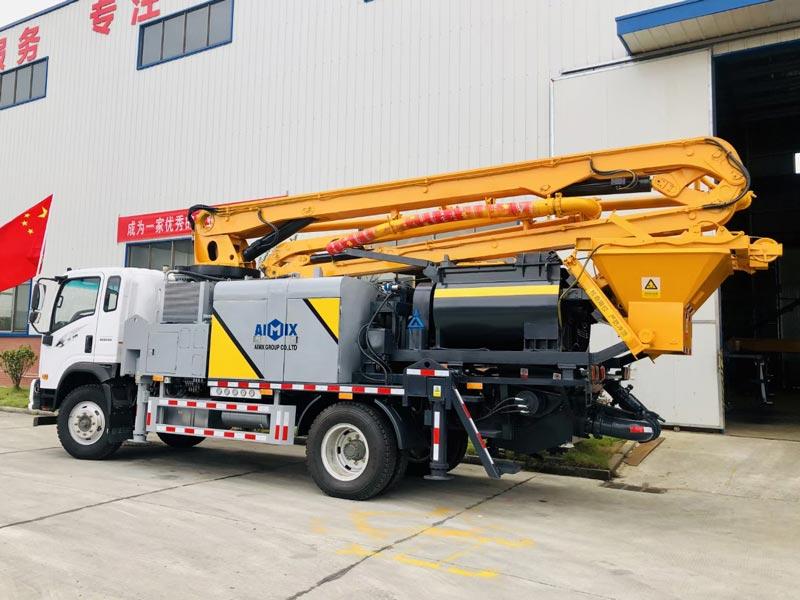 Truck mounted boom mixer pump