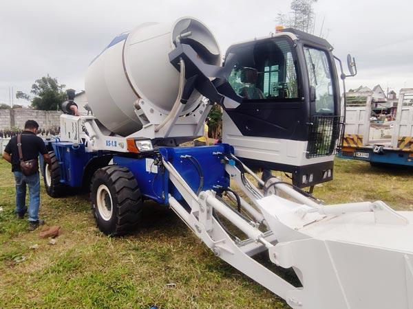 AS-1.8 Self-loading concrete mixer in Manila,Philippines